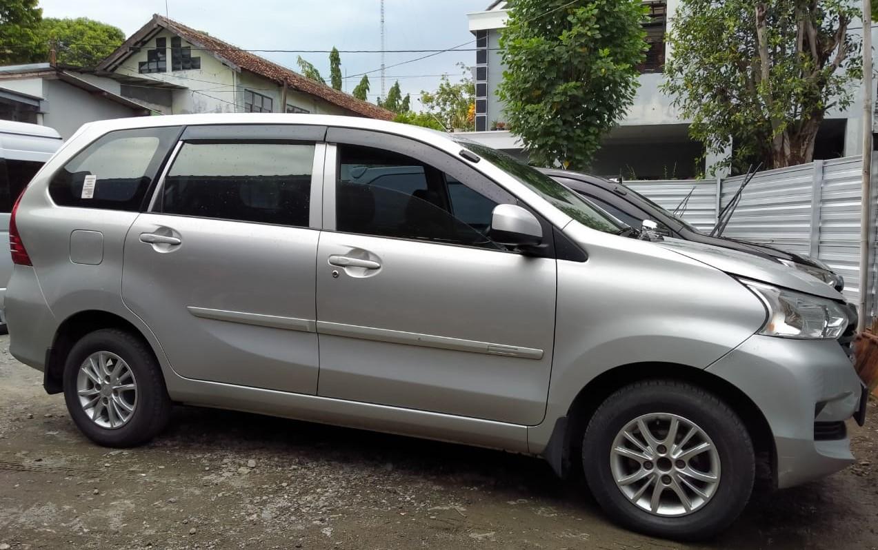 Huurauto Indonesie Toyota Avanza