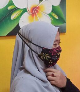 mondkapje elastiek om het hoofd